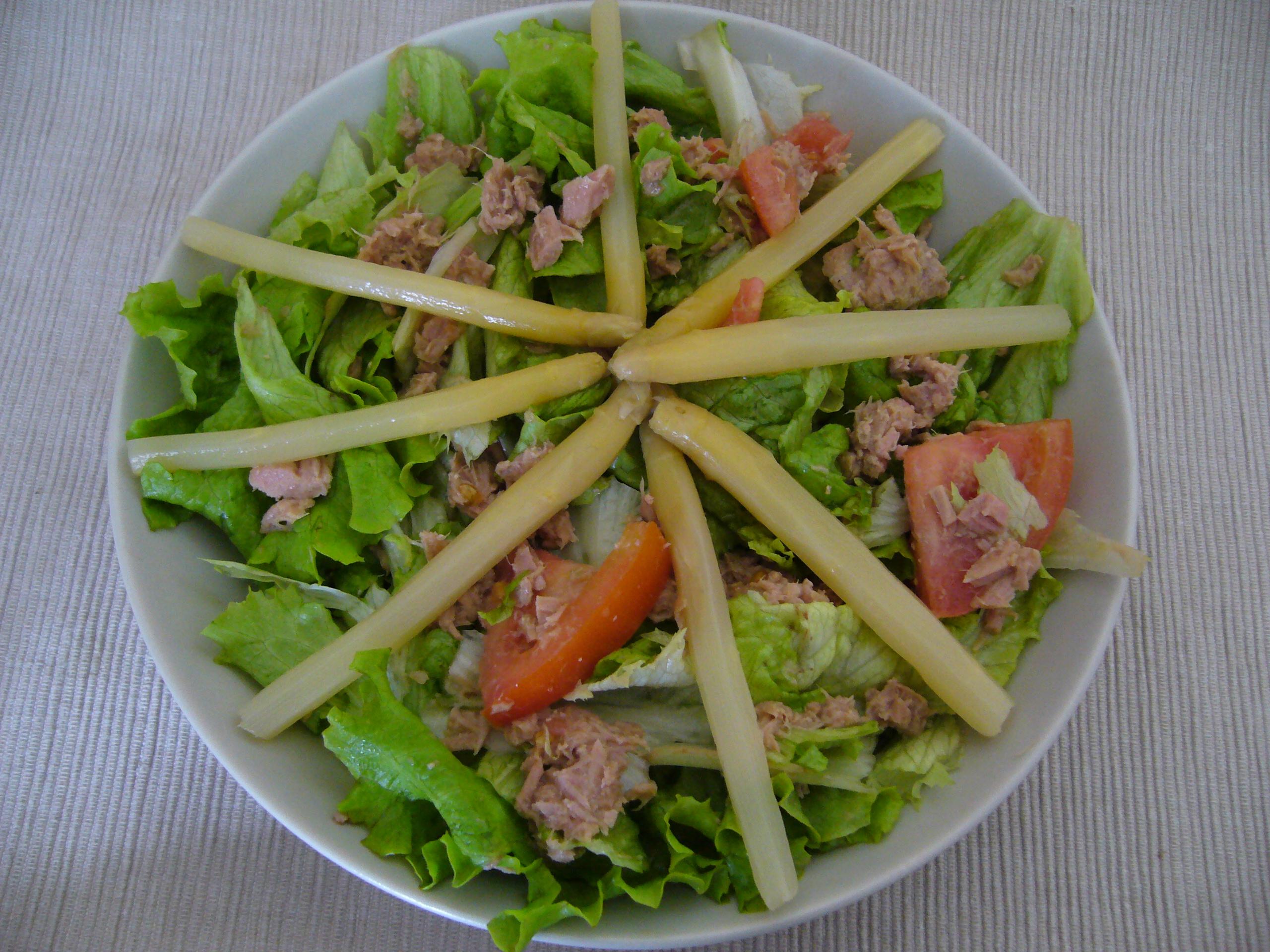 salade de thon et asperges recettes dukan. Black Bedroom Furniture Sets. Home Design Ideas